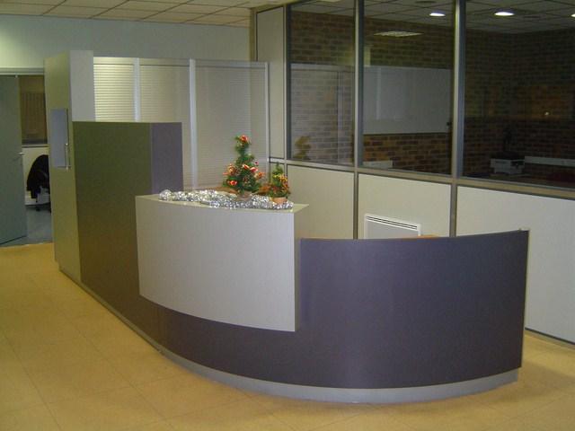 Conception banques d'accueil Douai (59)
